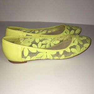 CATO sunny lime flats with floral mesh print